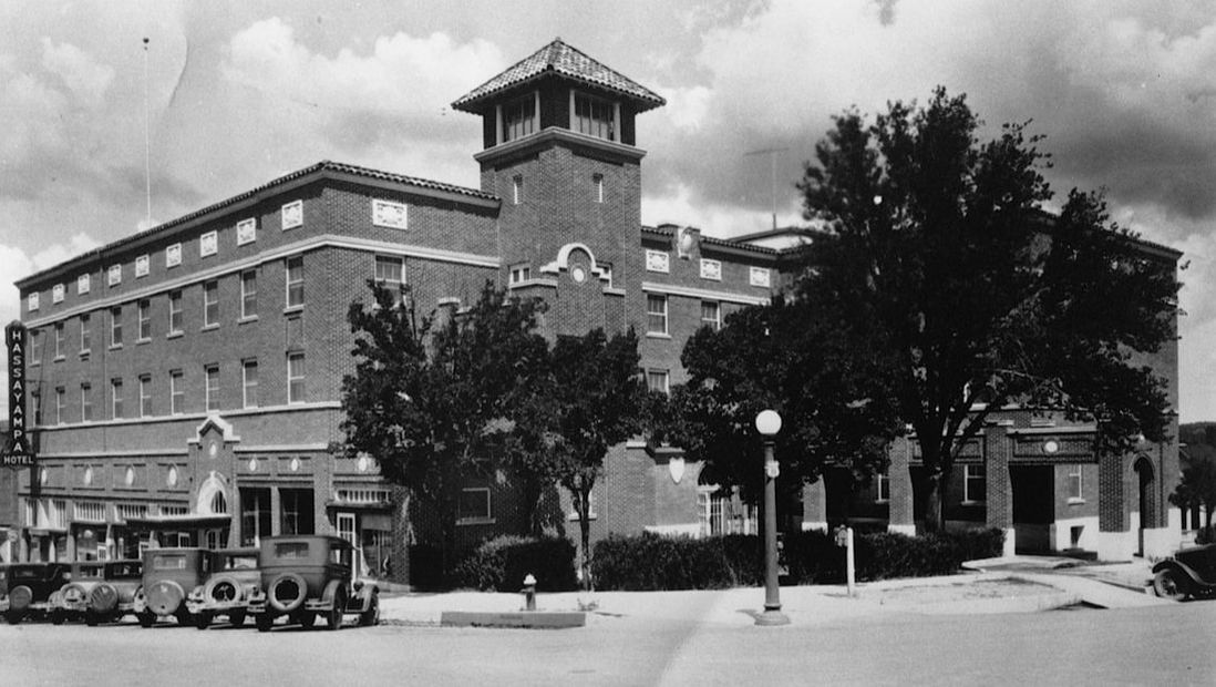 Hassayampa Inn Exterior in the 20's